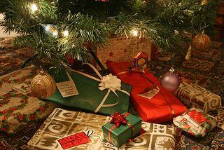 Christmas_gifts